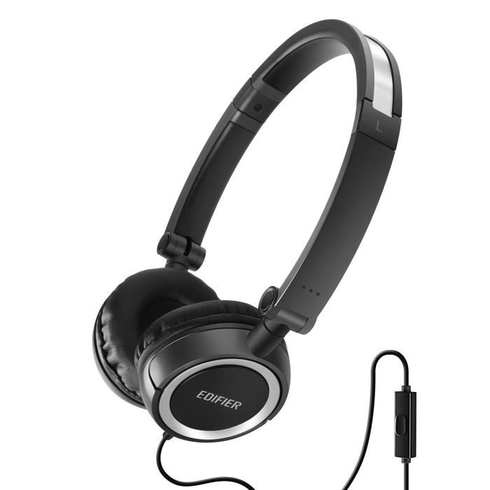 Headphones Edifier P650